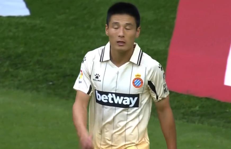 武磊替補。德托馬斯復制小貝成名作。西班牙人2-1重返西乙榜首_體育吧
