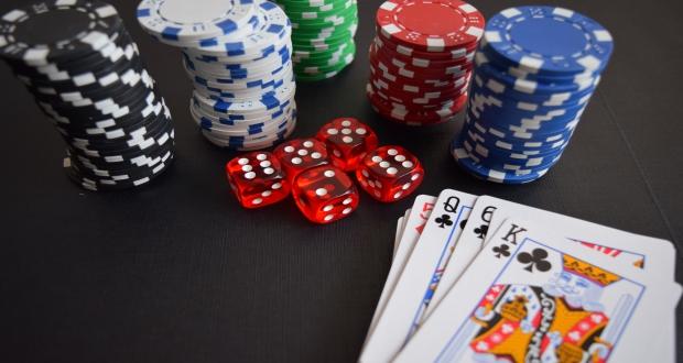 Poker Tutorial – Types of Poker