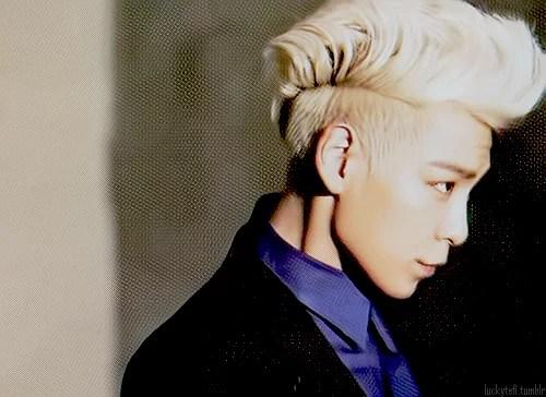 cool-asian-hair-blond-faux-hawk