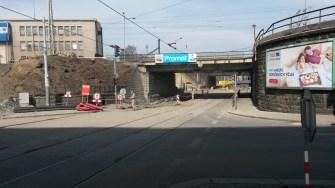 Plzeň Hlavní nádraží - mosty v Mikulášské ulici