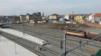 Plzeň Hlavní nádraží - severní nástupiště - budoucí autobusový terminál v Šumavské/Wenzigově ulici s vyústěním podchodu