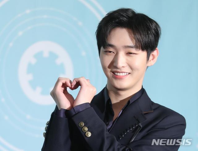 ภาพ จีซอง Wanna One จากสำนักข่าว Newsis