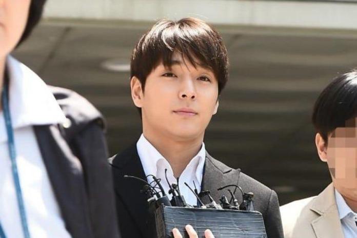 จองจุนยอง ชเวจงฮุน
