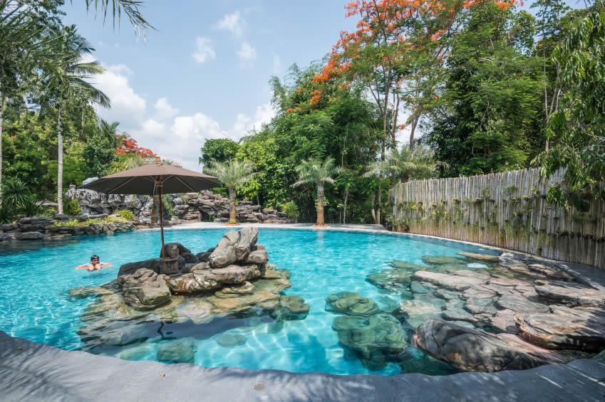 Tropisch Zwembad Met Warm Zwembadwater