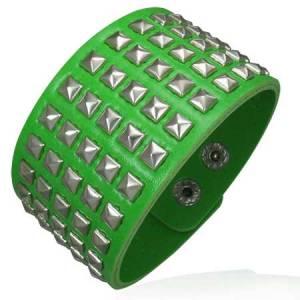 Vihreä nahkaranneke