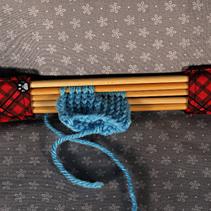 Double pointed Knitting Needle Holder, Red Plaid with Gray Paw Prints