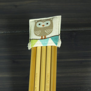 Double pointed Knitting Needle Holder, Green with White Dots and an Owl