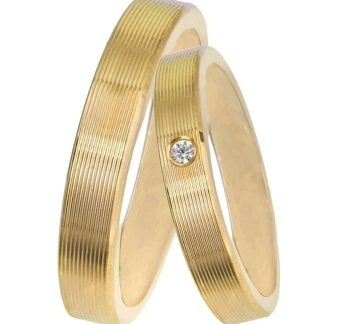 Χρυσές βέρες γάμου Κ14 με παράλληλες χαράξεις 025829 025829 Χρυσός 14 Καράτια