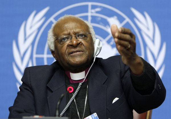 Kosmos Dot Maver Joins Hands With Desmond Tutu Deepak