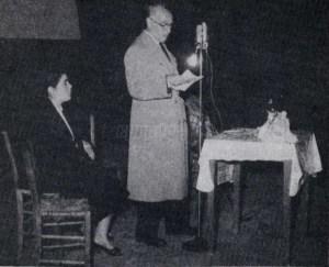 Ο Απόστολος Αποστόλου σε προεκλογική ομιλία το 1956. Φωτογραφία: emprosnet.gr