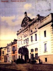 Το θέατρο στην προκυμαία της Σμύρνης