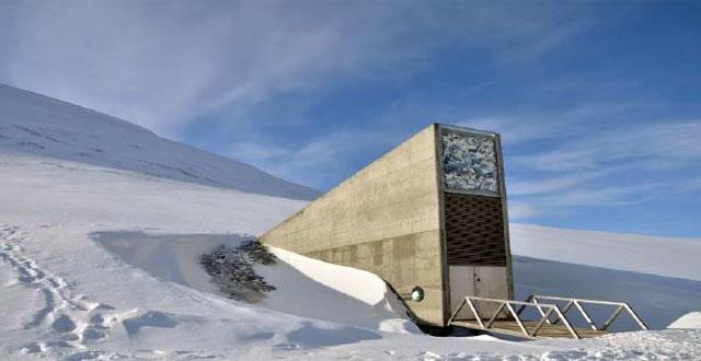 Entrada de la Bóveda de SvalBard (Fuente: Kostleige.com)