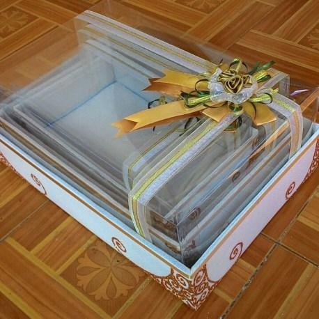harga box tempat hantaran seserahan parcel lamaran pengantin lengkap murah