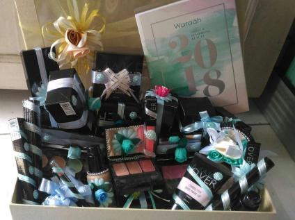 kotak hantaran make up mika akrilik paket seserahan murah pernikahan