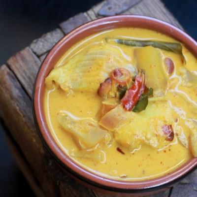 Kerala Fish Curry Recipe – Angamaly Style | Fish Mango Curry in Coconut Milk Recipe