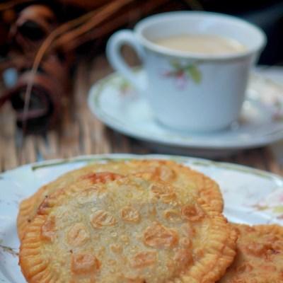 Irachi-Erachi Pathiri-Pathil Recipe-Meat Stuffed Fried Roti