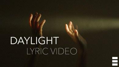 Photo of Heuse & WOLFHOWL & RIELL – Daylight Lyrics