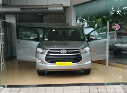 Toyota Innova Crysta Automatic Rental in Kerala