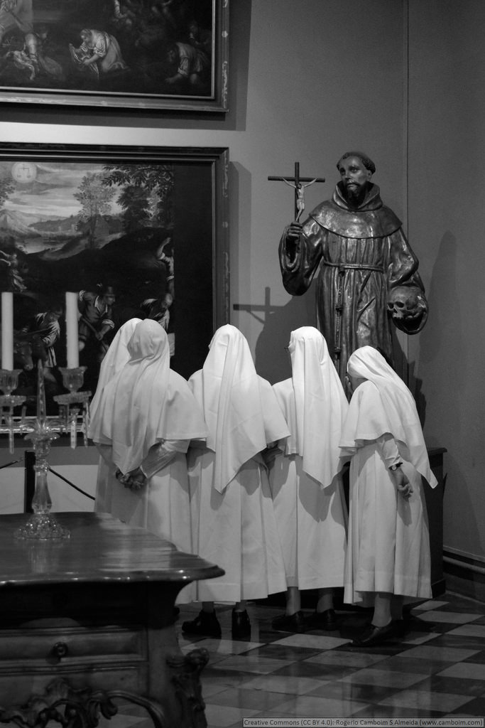 religion black and white photo