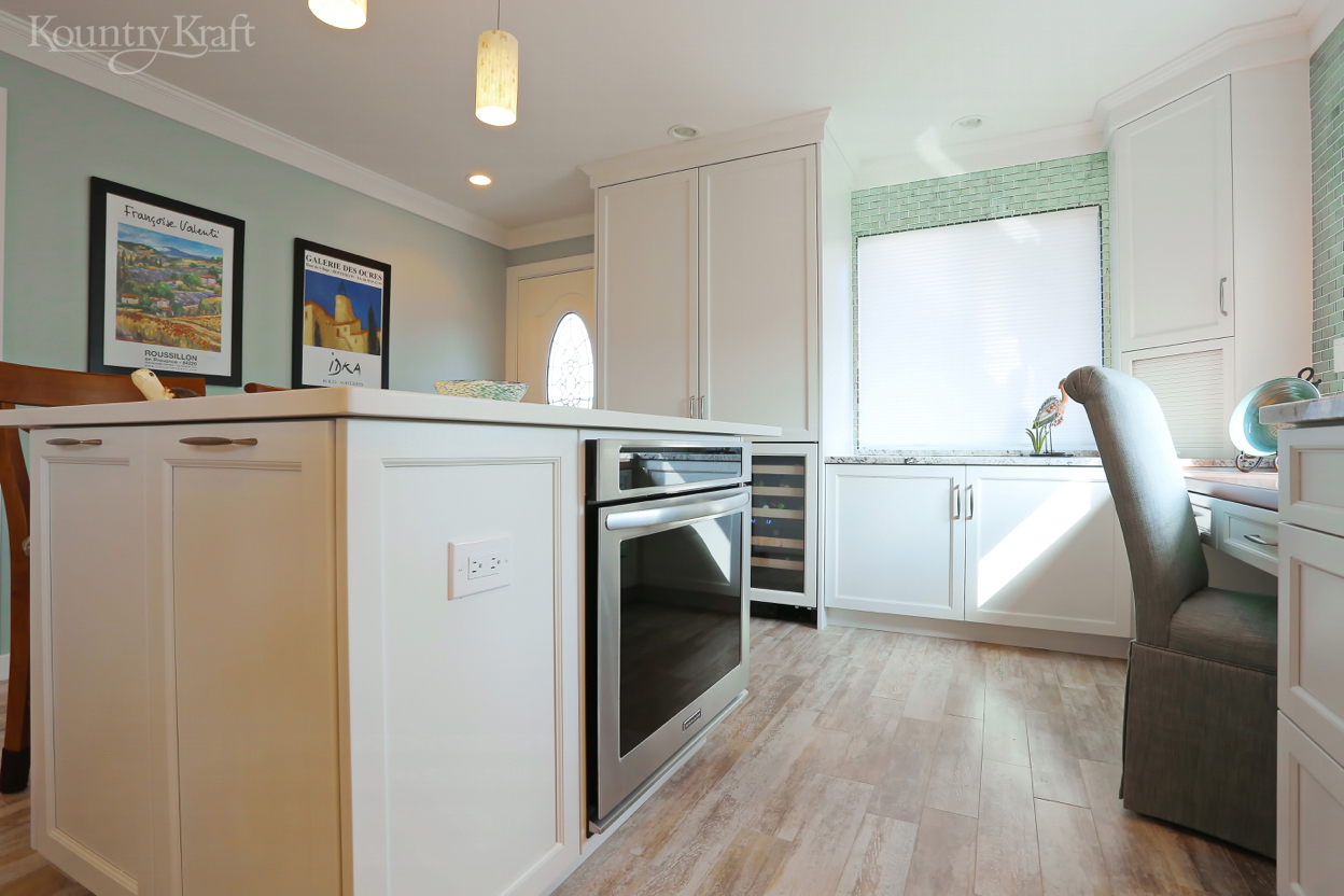 transitional white kitchen cabinets in venice, florida - kountry kraft