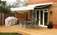 Awnings: We Supply Domestic & Commercial Retractable Patio