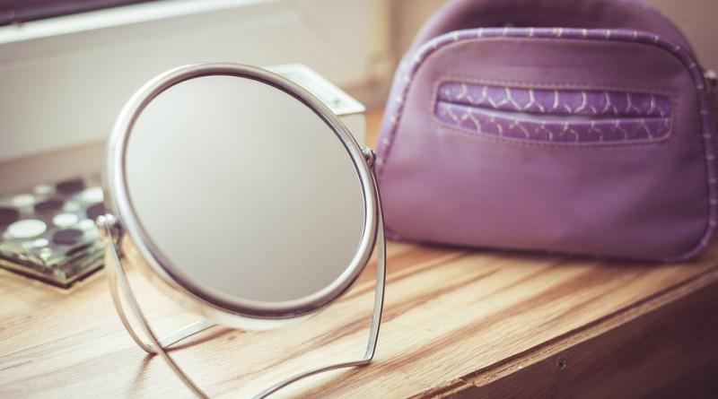 Japanese Urban Legends: Purple mirror | Kowabana