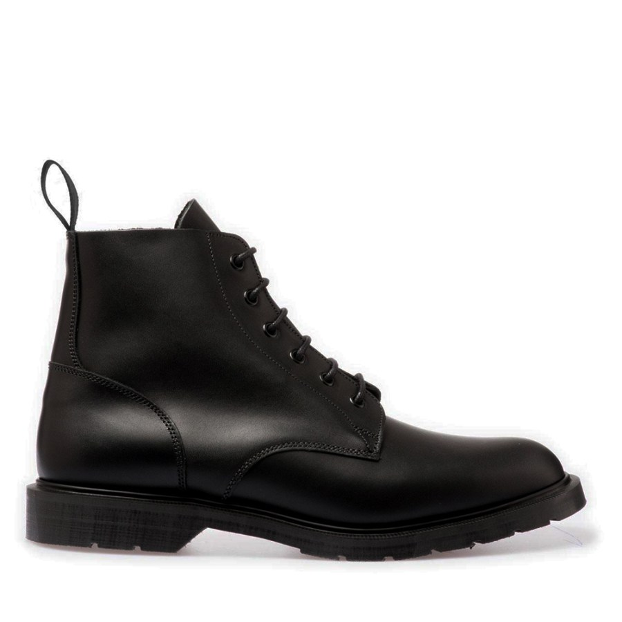 BLACK DERBY BOOT SOLOVAIR