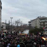 Ο Φανός στην κεντρική πλατεία της Κοζάνης και οι χοροί των επισήμων! Δείτε τα βίντεο…