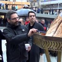 Βίντεο: Άναψε ο φανός της πλατείας της Κοζάνης! Δείτε τον χορό των επισήμων