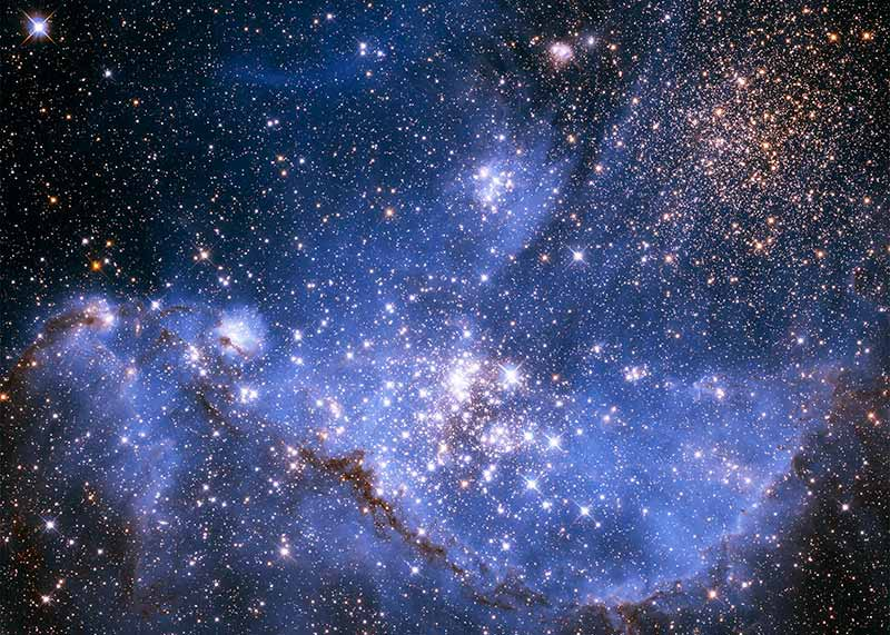infant_stars_in_the_small_magellanic_cloud-ps15_5x7