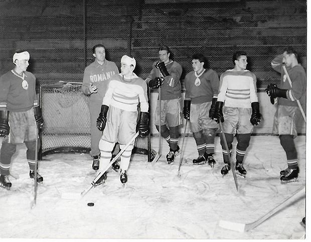 Egy 1961-es válogatott edzést Mihai Flamaropol  edző vezeti