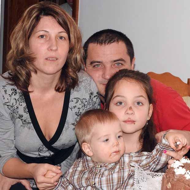 Kui Csaba és csaladja