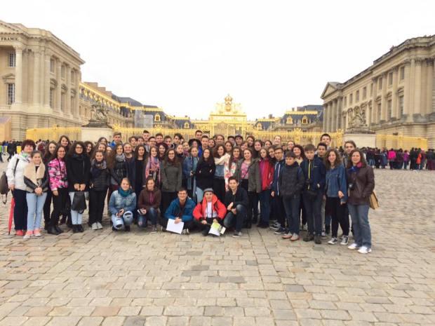 Párizs, a Versailles-i palotában-2