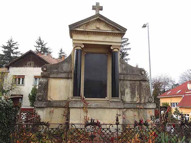 katolikus temeto marosvasarhely (4)
