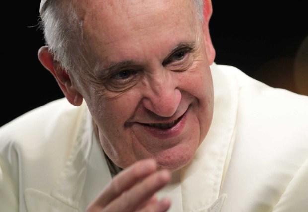 pope-francis-greets-faithful-at-copacabana-beach-data