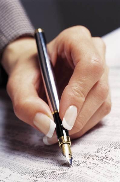 writers hand 1 - Otra gotita de nuestra historia…