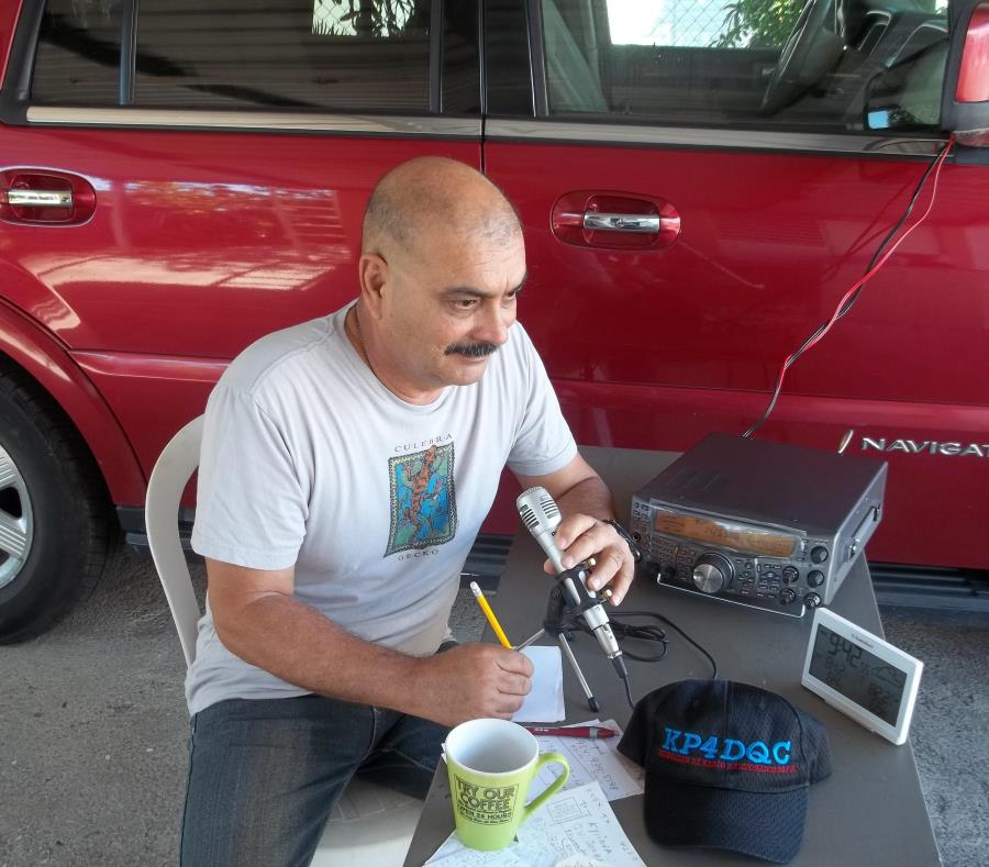 t2sdata61481114 - Radioaficionados regalaron alivio después del huracán María