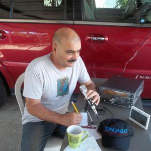 t2sdata61481114 300x300 - Radioaficionados regalaron alivio después del huracán María