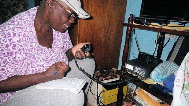 Radioaficionados de San Vicente en alerta durante una emergencia volcánica, KP3AV Systems