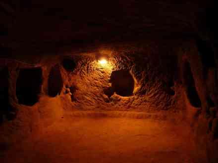 underground-city-64836_1920