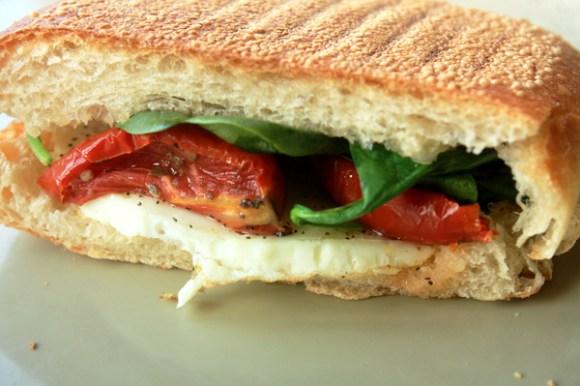 Panera-Mediterranean-Breakfast-Sandwich2