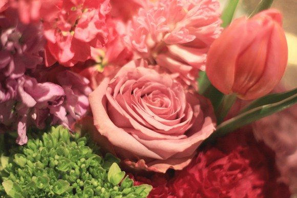 Color-Theory-Pretty-Floral-Arrangements-9