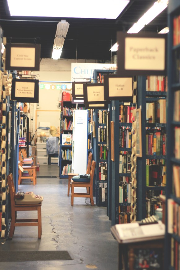 Burkes-Book-Store-5