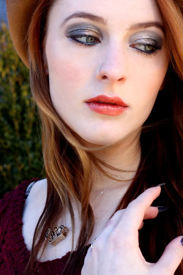 Style-Report-Maroon-Sweater-Margaret-KPFUSION_web