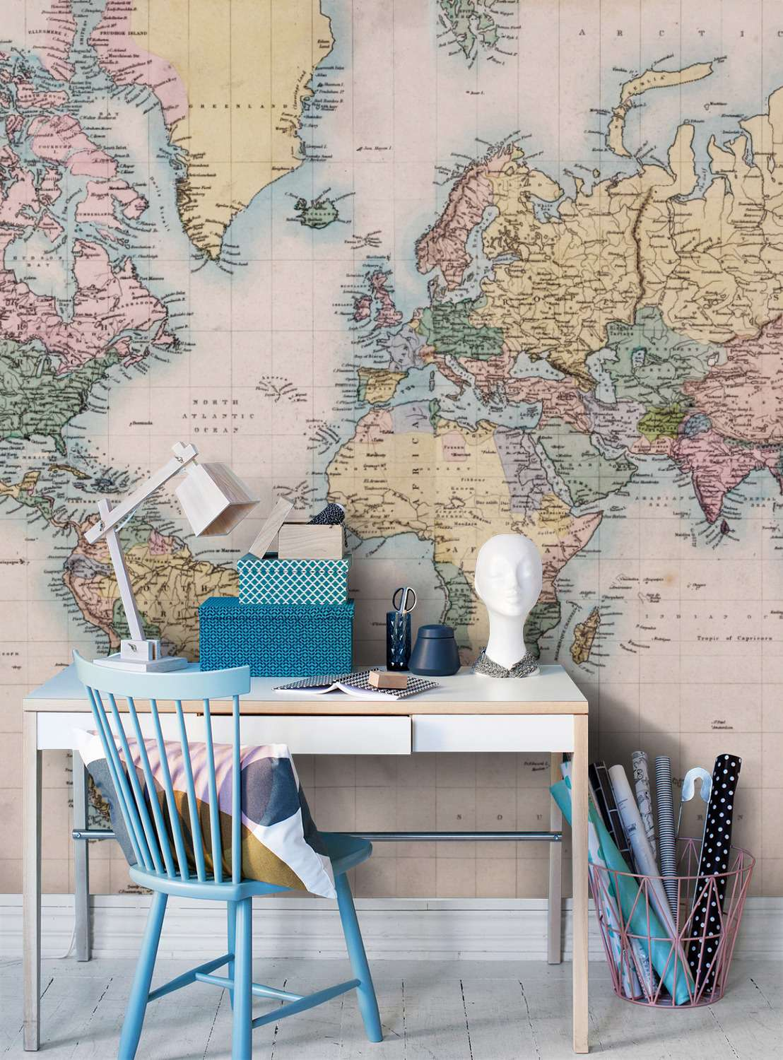 Decorating with wall maps and murals