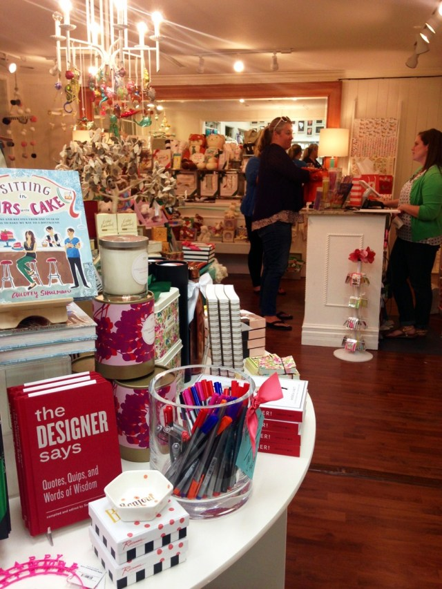 Mrs-Post-Stationery-Memphis-Holiday-Preview-Party-KP-Fusion-15