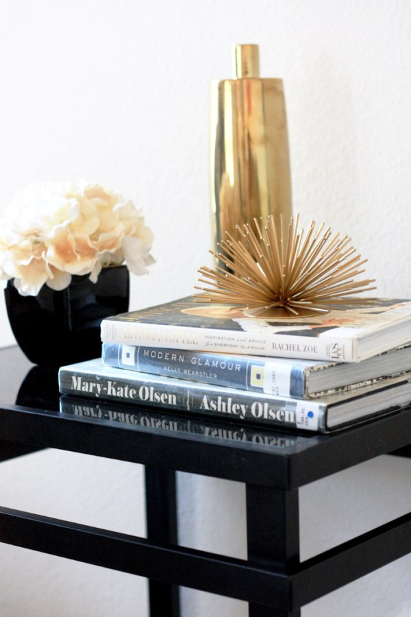 black-gold-accents-decor-kpfusion
