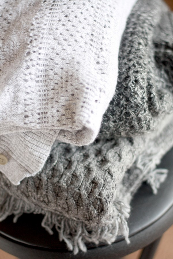 chunky-grey-knit-sweaters-2