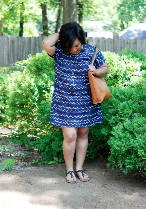 wavy-blue-white-cocoon-dress5