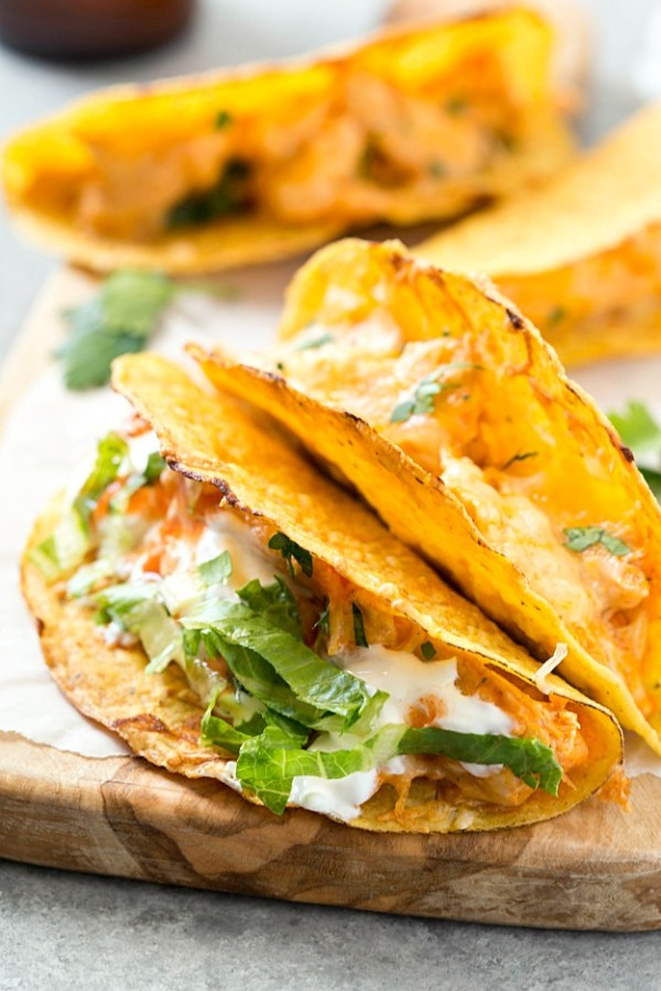 oven-baked-buffalo-chicken-tacos